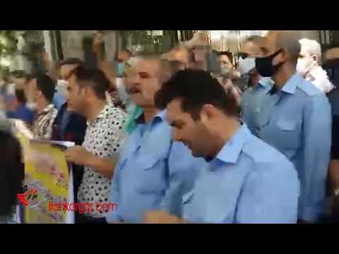تجمع اعتراضی رانندگان و کارگران شرکت واحد اتوبوسرانی روبروی شورای شهر تهران