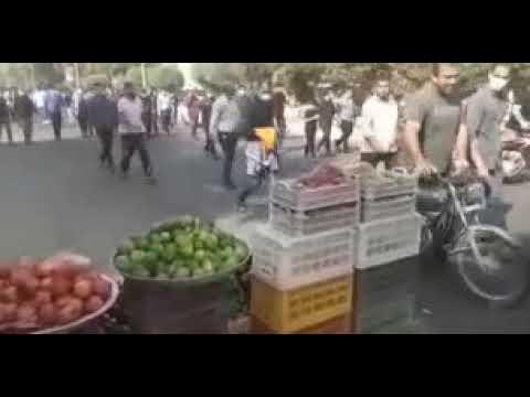 یازدهمین روز اعتصاب کارگران هفت تپه؛ تجمع مقابل فرمانداری شوش و راهپیمایی  در داخل شهر