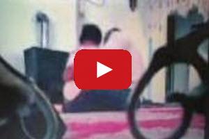 (۱۸+) ویدیوی سکس قرآنی حاج آقا گلستانی با همسر کارمندش